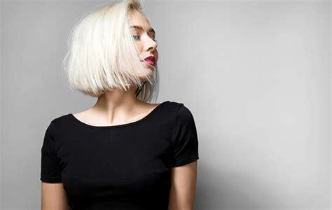 fryzury dla  latek ktore odmladzaja  ktorych lepiej