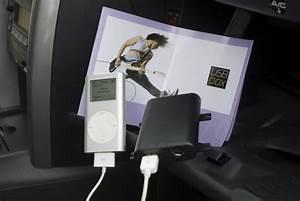 Usb Box Peugeot : bild 2601 peugeot modellprogramm usb box f r ipod musik aus dem handschuhfach peugeot ~ Medecine-chirurgie-esthetiques.com Avis de Voitures