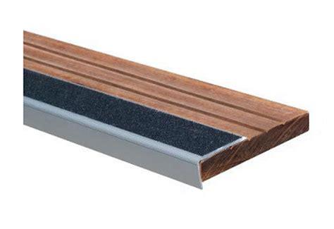 nez de marche escalier nez de marche aluminium r2sine antidr 233 apante ext 233 rieur l62