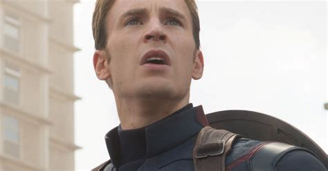 Chris Evans On Nude Leak: 'Gotta roll with the punches ...