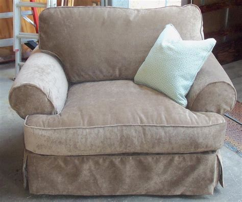 barnett furniture rowe furniture addison slipcover