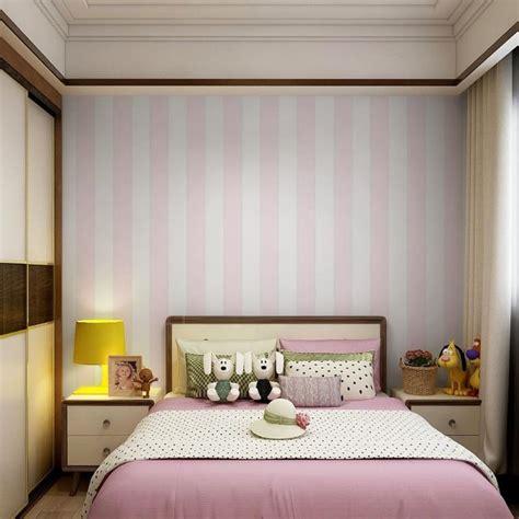 rekomendasi desain wallpaper  kamar anak membuat kamar lebih berwarna