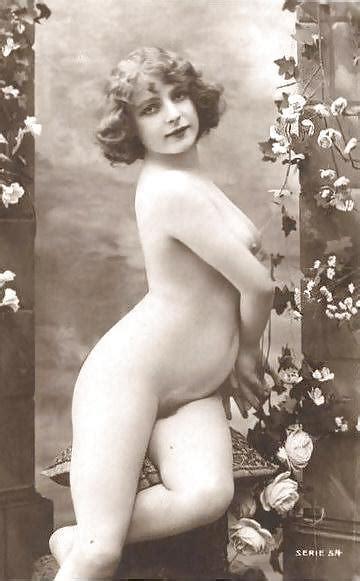Vintage Erotic Photo Art Nude Model C Pics