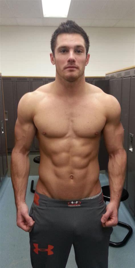 Hot Guys Nude Half Naked Hotties