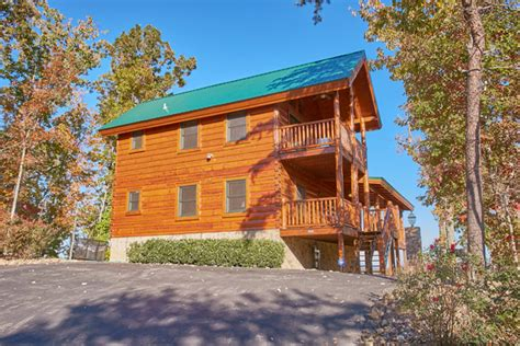 pigeon forge cabin love view more 4 bedroom sleeps