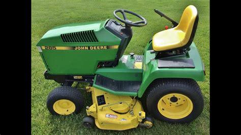 John Deere Riding Lawn Tractor W/ Mower Deck & Grass