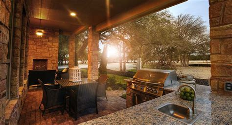 Outdoor living: 7 ideas for your home   The Open Door by