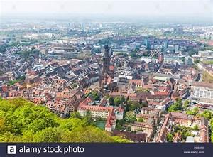 Markt De Freiburg Breisgau : aerial view of freiburg im breisgau city germany freiburg munster stock photo 94287125 alamy ~ Orissabook.com Haus und Dekorationen