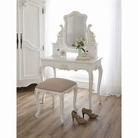 make up table Bedroom. Bedroom Furniture Interior Ideas With White ...