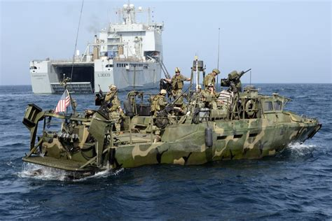 Fast Shallow Water Boats by Those Boats Iran Seized Are Fast Mean And Crucial To The