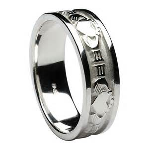 Men39s claddagh wedding ring sterling silver irish for Ring mens wedding