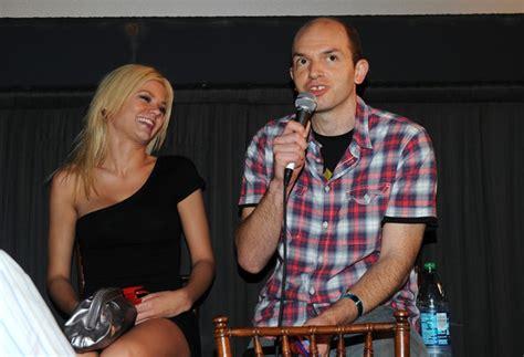paul scheer disney paul scheer in 2010 comic con quot piranha quot 3d footage
