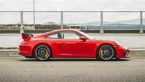 Mercedes-AMG GT R vs Porsche 911 GT3 twin test review ...