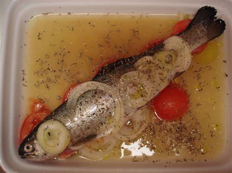 cuisiner les truites truite au four recette de ma poissonière dans la cuisine de moe