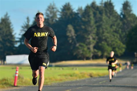 ways  max  army physical fitness test apft run