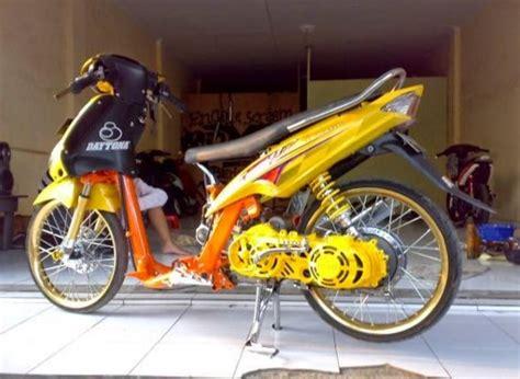 Modifikasi Mio Sporty Terbaru by Modifikasi Motor Mio Sporty Terbaru Www Picswe Net
