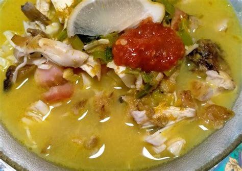 Soto dengan warna kuah yang keruh biasanya diberi tambahan santan. Resep: Soto Ayam betawi (with santan) Anti Gagal!