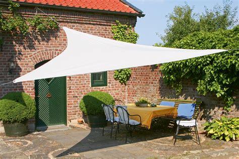 alternative zum sonnenschirm schutz vor sonne wind und regen das sonnensegel als alternative zum klassischen schirm