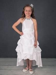 Chignon Demoiselle D Honneur Mariage : robe pour mariage ou communion blanche fille martha ~ Melissatoandfro.com Idées de Décoration