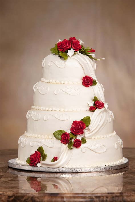 wedding cakes russ s market