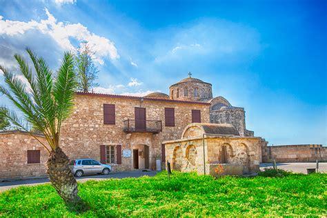 ikonmuseum och historia vid st barnabas kloster norra