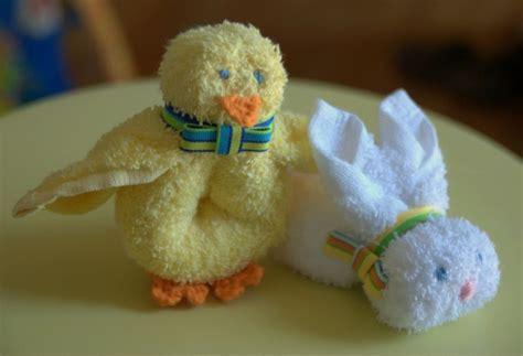 handtuch falten geschenk boo boo buddies gracie ostern bastelideen geschenk and handt 252 cher