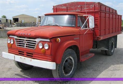 1964 Dodge 600 Grain Truck