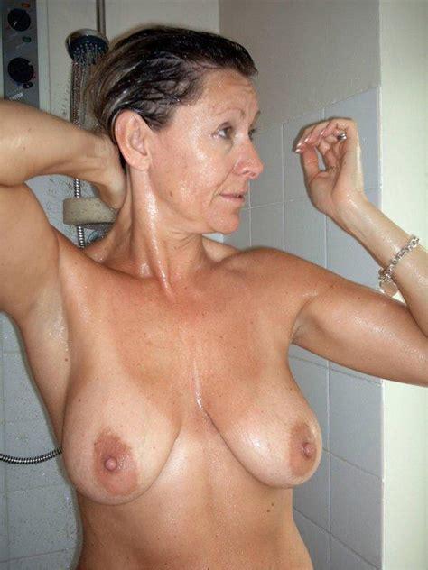 In Gallery Busty Amateur MILF Taking A Shower