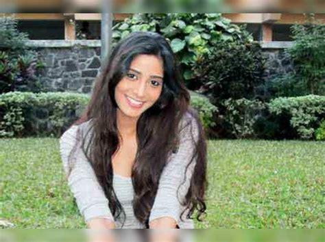 Purva Pawar is now Purva Pramod   Marathi Movie News ...