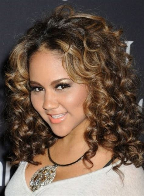 haircuts for medium curly hair a right guide to choosing medium curly hairstyles crea 1685