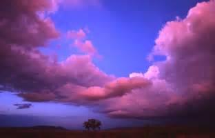 Beautiful Clouds Screensaver