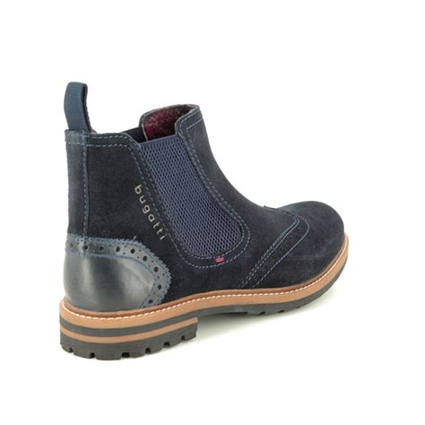 Shop the most exclusive bugatti men's outdoor boots offers at the best prices with free shipping at buyma. Bugatti Silvestro Chelsea 31181561-4000 Navy suede Chelsea Boots