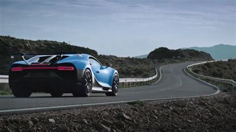 Thousands of automotive pictures from all makes and models. Bugatti Chiron PURE sporty - YouTube