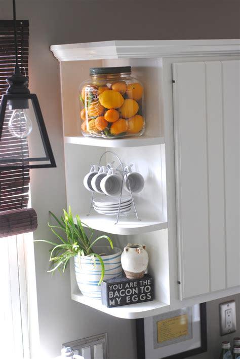 15 minute decorating displaying favorite objects making lemonade