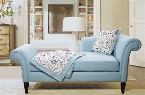 Loveseat In Bedroom by Lovely Small Loveseat For Bedroom Homesfeed