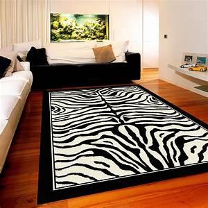 avoir un tapis zebre sans partir en safari c39est possible With tapis champ de fleurs avec canapé style directoire