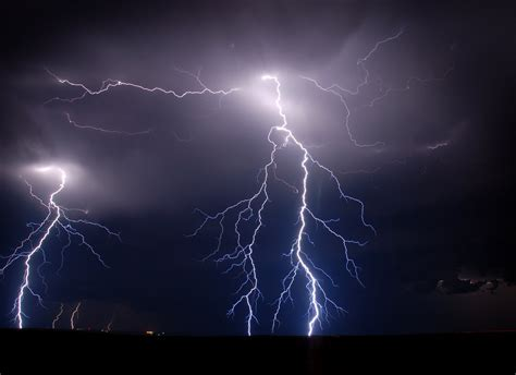 lightning video wallpaper best desktop hd wallpaper lightning wallpapers