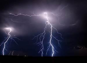 Animated Lightning Desktop Background