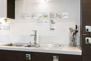 carre adhesif carrelage maison design sphenacom With carrelage adhesif salle de bain avec eclairer escalier avec led