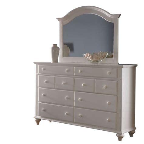 Broyhill Hayden Place 8 Drawer Dresser w/ Arched Mirror in