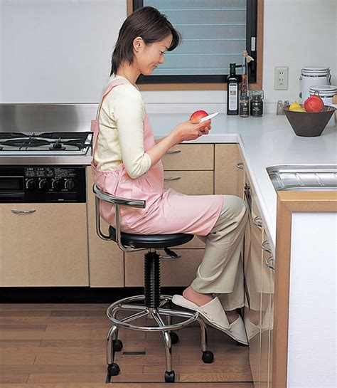 Kitchen Chairs with Rollers   KITCHENTODAY