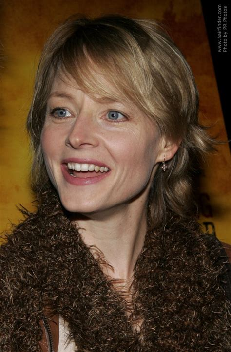 jodie foster wearing  hair   mid length style