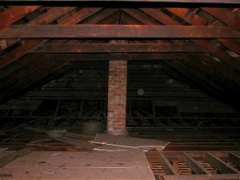 How to Put Plywood Flooring in an Attic (Over Insulation