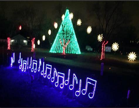 jellystone park christmas lights it 39 s lights out for jellystone park this christmas season