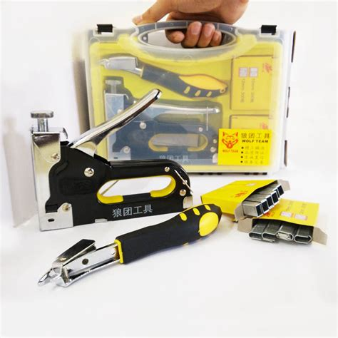 Staple Gun For Furniture Upholstery by Nail Staple Gun With Puller Staple Remover Stapler For