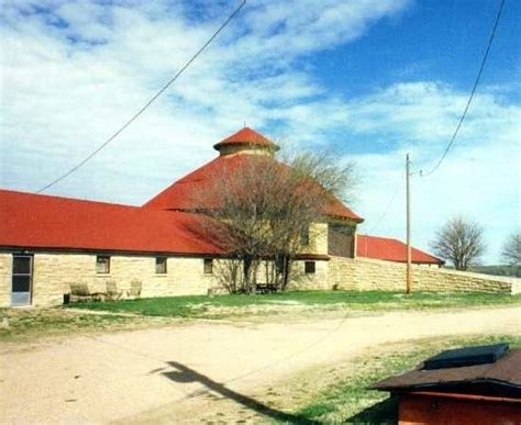 Round Barn....between Mulvane And Derby, Kansas....used To