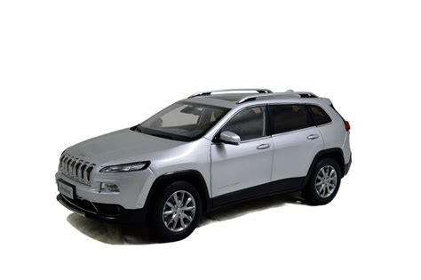 toy jeep cherokee jeep cherokee 2016 1 18 scale diecast model car wholesale