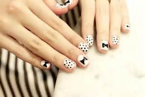 Girly bow nail art designs