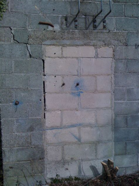 comment reparer des fissures dans un mur en parpaing