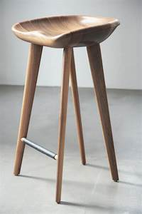 About A Stool : tractor bar stool bar stools from bassamfellows architonic ~ Buech-reservation.com Haus und Dekorationen